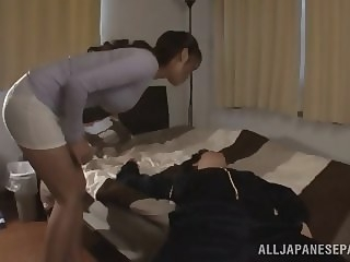 Alluring Asian milf Kaede Niiyama gives a hot blowjob asian japanese mature
