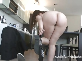 Massage Therapist Lexi Summers Sucking Fucking Client BBW bbw hardcore facial