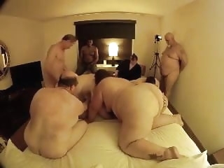Swingers Chubby's amateur anal group sex