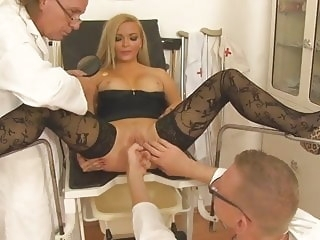 Sprechstunde Frauenarzt 1 (2014) - Full movie anal hardcore stockings
